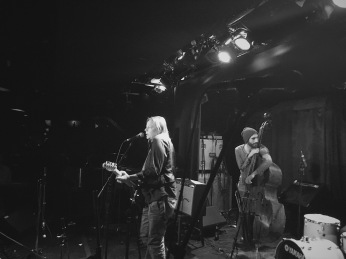 Laura Pitkanen (guitar and vocals), Geordie Hart (bass) © Clio Em