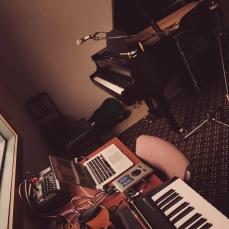 Studio happiness © Clio Em
